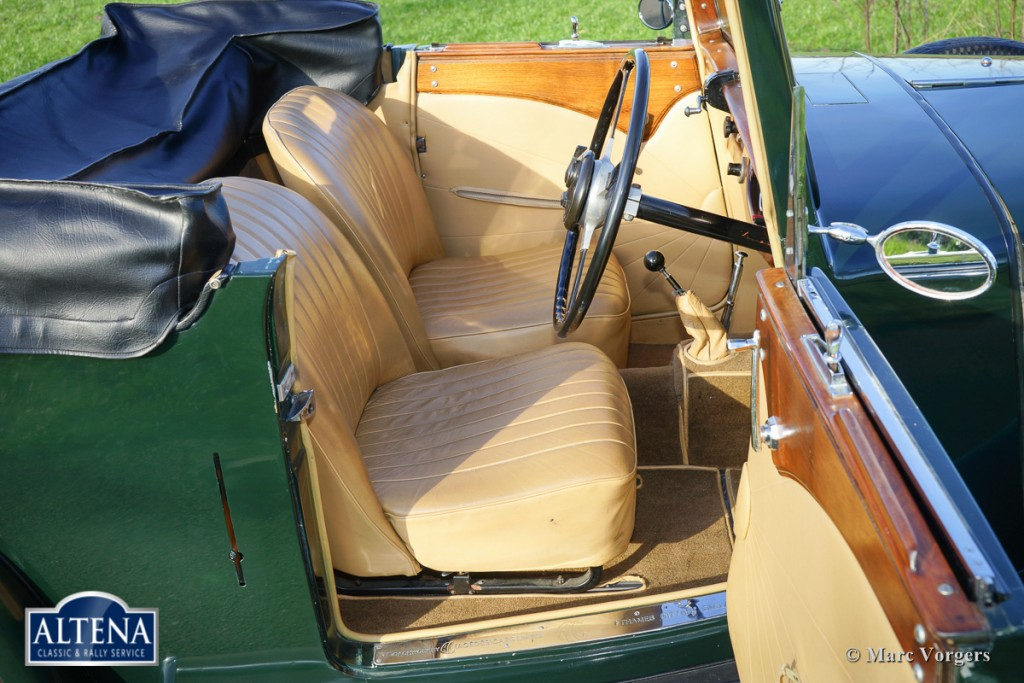 AC 16/66 Two-seater DHC