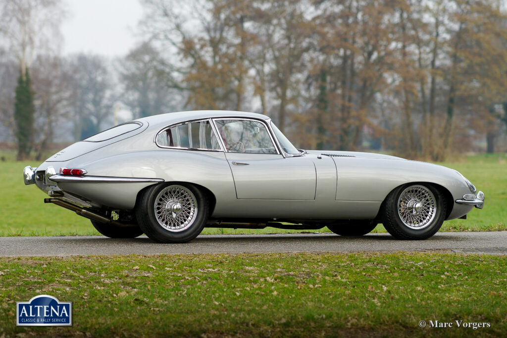 Jaguar E type 4.2, 1966