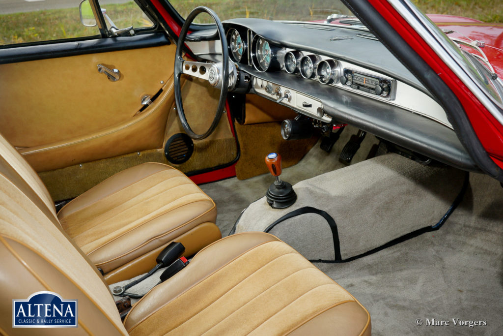 Volvo P1800 Jensen, 1962