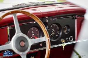 Jaguar XK150 FHC