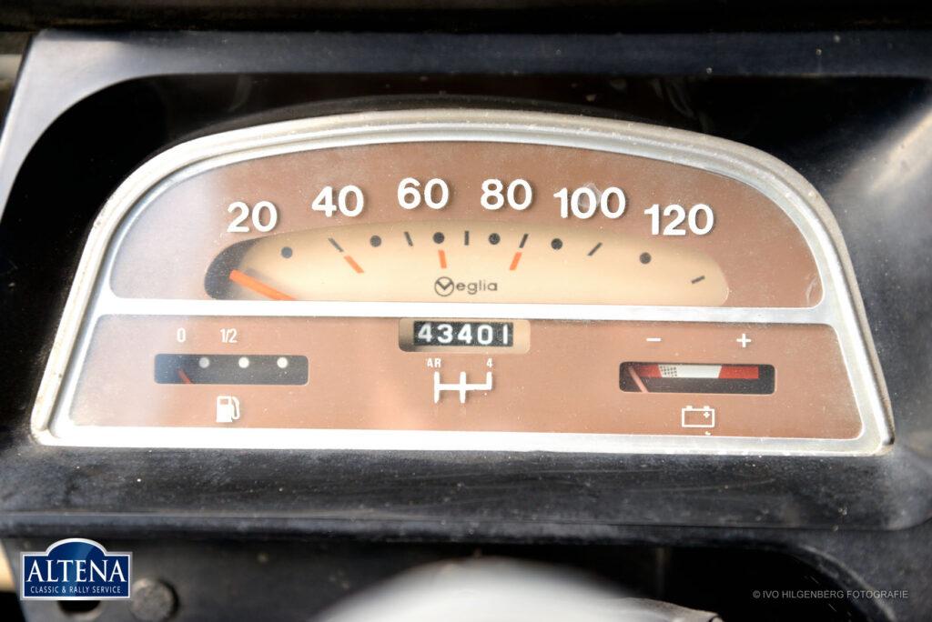 Citroen 2CV AZU Bestel Eend, 1972
